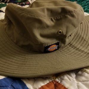 Dickies bush hat